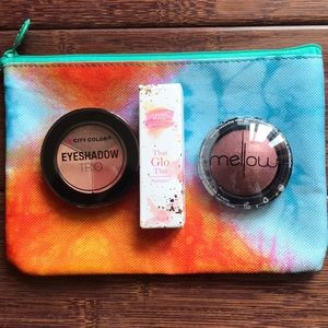 New!! Eye Shadows, Highlighter, & Bag